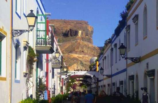 De markt van Puerto de Mogán op Gran Canaria