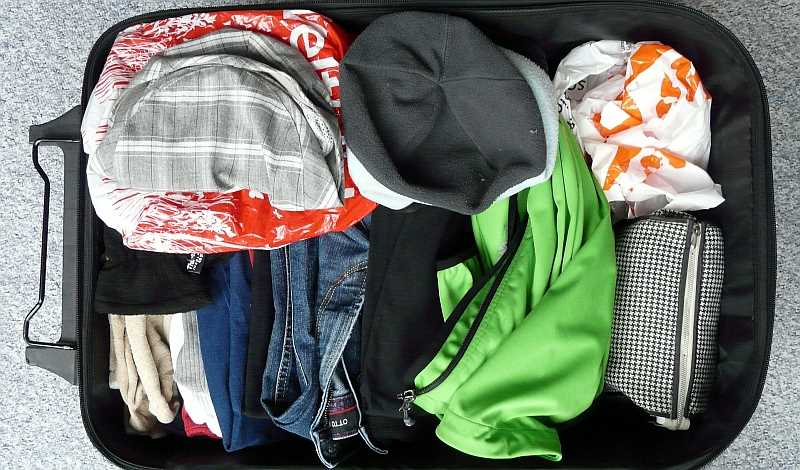 5 Tips to Make Packing Suitcases Easier!